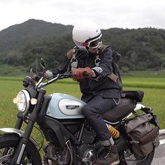 Looks like our Terrain Pannier fits pretty well on the new Ducati Scrambler. Via @Motorino_kr #ironandresin #freedomriders #InR