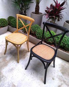 Pronta Entrega! Venha já garantir a sua! Av. São João, 1907 / 1915, São Paulo - SP  Estacionamento Próprio • Bicicletário • Próximo ao metrô Santa Cecília  WhatsApp: 11 95247-7966 Fone: 11 3667-1131 Entregamos em todo o Brasil!  #conexaohome#outlet#outletmoveis#moveisindustriais#moveisretro#cadeira #cadeiras #decor#puffs#prontaentrega Outlet, Wishbone Chair, Accent Chairs, Furniture, Home Decor, Santa Cecilia, Parking Lot, Chairs, Brazil