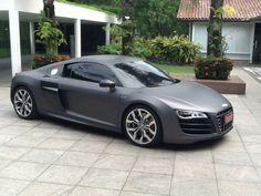 Audi R8 envelopamento charcoal matte metálico #Avery by Envelocar (by Bruno Envelocar.com)