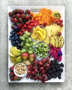 best ideas fruit platter for kids party cheese trays Healthy Fruits, Fruits And Veggies, Healthy Snacks, Healthy Eating, Healthy Recipes, Vegetables List, Fruits Basket, Diet Recipes, Fruit Plate