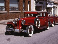 Old Vintage Cars, Vintage Trucks, Old Cars, Cord Automobile, Unique Cars, Old Models, Collector Cars, Sexy Cars, Amazing Cars