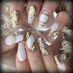 déco ongle gel blanc et or motifs variés #nail  #decoration