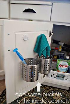 Rangement de cuisine mural en m tal filaire paniers et - Organisation placard cuisine ...
