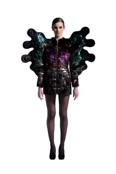 Only Angels Have Wings, Nikoline Liv Andersen, Denmark Fashion Shows 2015, Fashion 2015, Fashion Art, Luxury Fashion, Fashion Design, Hair Inspiration, Design Inspiration, Design Ideas, Districts Of Panem