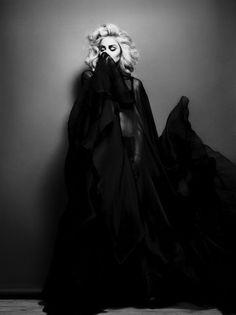 ARgENTUM ~ CREATOR ~ la potion infinie #creator #blackandwhite #madonna