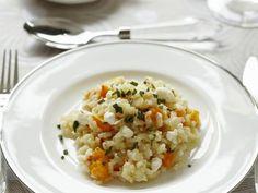 Kürbisrisotto mit Feta ist ein Rezept mit frischen Zutaten aus der Kategorie Risotto. Probieren Sie dieses und weitere Rezepte von EAT SMARTER!