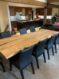 This amazing live edge dining room table can accomodate a large amount of guest. Installed in a beautiful modern home. Furniture Making, Wood Furniture, Beautiful Modern Homes, Modern Platform Bed, Dining Room Table, Modern Contemporary, Home Office, Living Room, Live