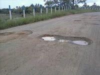 JC RADIALISTA : Buraco na estrada deixa uma vitima grave em Marago...
