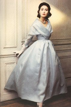 dior blue organdie c.1955. Beautiful floating skirt ! It make the model become very noble