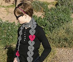 Hearts on a String Scarf ~ free pattern