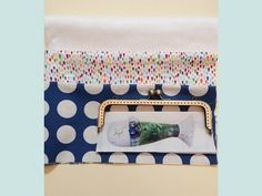 Learn how to make cute metal frame purse. Tutorial in Pictures. Purse Tutorial, Diy Tutorial, Diy Bags Purses, Frame Purse, Janis Joplin, Diy Frame, Tic Tac, Embroidery, Wallet