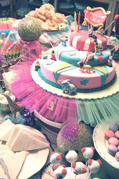 Circus b-day party by lulaland! by lulaland, via Flickr