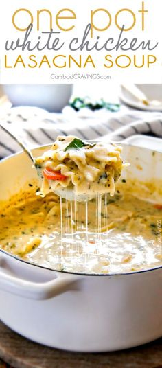 Easy One Pot White Chicken Lasagna Soup - my family LOVES this soup! It tastes just like creamy white chicken lasagna without all the layering or dishes! Simply saute chicken and veggies and dump in all ingredients and simmer away! White Chicken Lasagna, White Lasagna, Slow Cooker Recipes, Cooking Recipes, Do It Yourself Food, Lasagna Soup, Think Food, Comfort Food, Le Diner