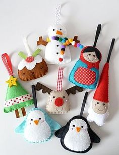 Discover 39 Cute Homemade Felt Christmas Ornament Crafts – to Trim the Tree % Large Christmas Decorations, Christmas Tree Garland, Christmas Ornament Crafts, Felt Decorations, Christmas Sewing, Felt Ornaments, Felt Crafts, Christmas Crafts, Ornaments Ideas