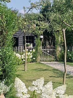 Rural white garden sheep coop black garden barn - # look inside # national # sheephouse # garden shed -