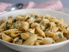 Get Barbecue Mac and Cheese Recipe from Food Network