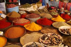 My favorite colors: paprika, saffron, avocado, tobacco. Plop me down right in the midst of this and I'd be perfectly happy! And imagine the wonderful smell.
