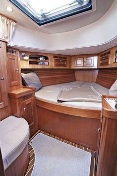 Hallberg-Rassy - Yachts - Aft Cockpit Boats