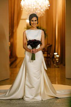 wedding dress | vestido de noiva | bouquet | buque | casamento | noiva | bride