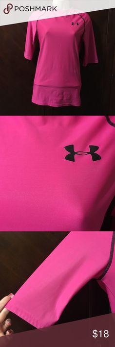 🎉🎉🎉Like new ! 🎉 like new women's under armor shirt medium compression three-quarter sleeve Under Armour Tops
