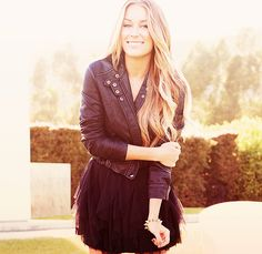 LC... not even going to lie... I'm kind of obsessed. i just <3 all of her clothessss