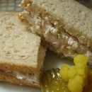 Linda's Favorite Tuna & Olive Sandwiches Or Finger Rolls Recipe Fried Chicken Legs, Crispy Chicken, Finger Roll Recipe, Steam Veggies, Bisquick Recipes, Home Meals, Fries In The Oven, Rolls Recipe, Tuna