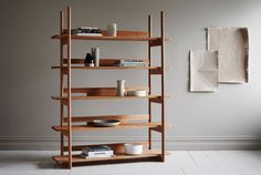 From his Melbourne workshop, George Harper of Tide Design creates an impressive range of handcrafted furniture with traces of Scandinavian & 1950s aesthetic