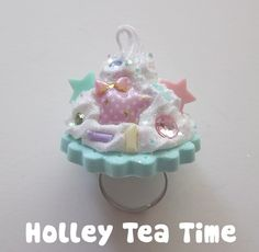 Holley tea time sweet pastel ring