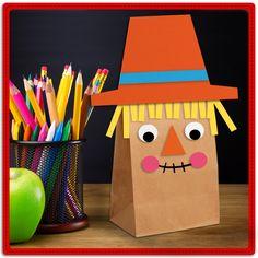 ¡Hagamos nuestro propio espanta-pájaros! Reutiliza las bolsas de lunch y con tus pequeños diviértanse con estos sencillos pasos. ¿Qué necesitas? Lápiz adhesivo marca Pritt, una bolsa de papel, hojas de colores que puedas reutilizar y tijeras. #DIY #Manualidades #Crafting #Pritt #Otoño #Pegamento #Maestros Cute Kids Crafts, Fall Crafts For Kids, Toddler Crafts, Art For Kids, Fall Preschool Activities, Thanksgiving Preschool, Preschool Crafts, Fall Art Projects, Classroom Art Projects
