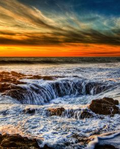 Thor's Well | HOME SWEET WORLD