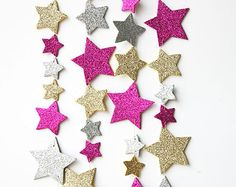 Pink gold silver star garland, Twinkle Twinkle Little Star decor, star birthday . Rotgold Silber S Baby 1st Birthday, Birthday Diy, First Birthday Parties, First Birthdays, Birthday Ideas, Twinkle Star Party, Twinkle Twinkle Little Star, Star Decorations, Birthday Decorations