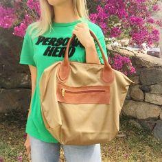 cartera-carteras-carteras de cuero-carteras de moda- carteras Peru-carteras Lima- carteras en oferta-handbags-bags-fashion bags-leather bags-PLUMSHOPONLINE.COM - La Cartera que necesitas para esta primavera  Cartera Beige NOA - Mírala más en la tienda online de Plum: http://ift.tt/2yzHdCf