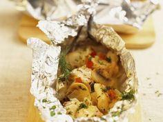 Probieren Sie das leckere gebackene Fischfilet mit Champignons von Eat Smarter oder eines unserer anderen gesunden Rezepte!
