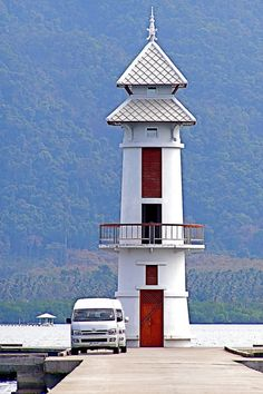 Lighthouse in Coh Chang