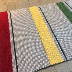"ANKI Rugs - Design ELINA - New colouring for this design is called ""Traffic Lights"""