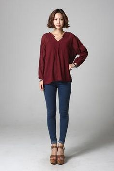 V-neck Blouse NB-S