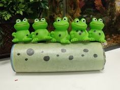 Ff for five little speckled frogs(Used a pringle can and velcro)