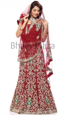 Luxurious Designer Bridal Lehenga. Item code: GKD514