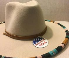 Beaded Hat Bands, Native Beading Patterns, Cool Hats, Bead Art, Cap, Boutique, Beads, Projects, Inspiration