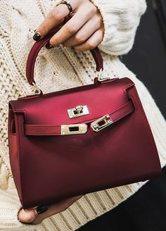 Fashion Pure Color All-matching Handbags _handbags_Wholesale Bags_ACCESSORIES_Wholesale clothing, Wholesale Clothes Online From China Wholesale Bags, Wholesale Handbags, Wholesale Clothing, Hermes Kelly, Fashion Handbags, Bag Accessories, Messenger Bag, China, Backpacks