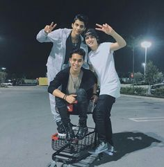 erick, joel y christopher Crazy Love, O Love, Celebrity Outfits, Celebrity Crush, Memes Cnco, Cnco Richard, Prince Royce, Latin Music, Famous Singers