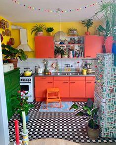 Boho Chic Interior Kitchen Designs und Dekor-Ideen Source by interior decorating Kitchen Themes, Kitchen Colors, Kitchen Ideas, Interior Design Kitchen, Interior Decorating, Kitchen Designs, Decorating Ideas, Interior Ideas, Bohemian Kitchen Decor