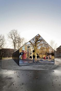 Mirrored House Facades Reflect The Beautiful Worlds Around Them