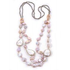 Collar de piritas y perlas barrocas blancas