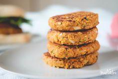 Juicy Smoked Chickpea Burger (vegan with gluten free options) — Maple Alps Vegan Bean Burger, Chickpea Burger, Burger Meat, Burger Toppings, Vegan Burgers, Vegetarian Recipes Videos, Delicious Vegan Recipes, Whole Food Recipes, Cooking Recipes