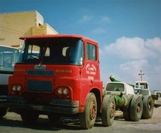 GUY. INVINCEIBLE 8X4, Cab-Chassis. Guys, Sons, Boys