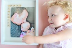 Father's Day Photo Frame Gift Idea: The Daddy Daughter Frame - Making Things is Awesome Fathers Day Photo, Fathers Day Presents, Diy Father's Day Gifts From Baby, Personalized Pocket Watch, Father's Day Diy, Dad Day, Daddy Daughter, Diy Frame, Mother And Child