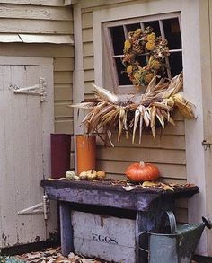 Primitive bench in fall. love the corn husks on the windowsill. Primitive Autumn, Seasonal Decor, Holiday Decor, Autumn Decorating, Fall Harvest, Autumn Inspiration, Happy Fall, Fall Crafts, Fall Halloween