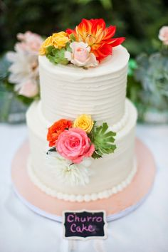 Spanish Themed Wedding Cake ~ Petula Pea Photography www.petulapea.com/   bellethemagazine.com