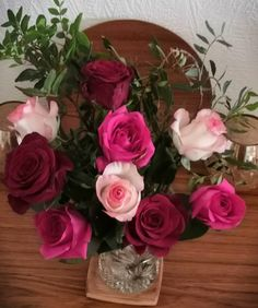 Lovely surprise from hubby. 🌹💕🌹#roses🌹 #valentinesday Chainmaille, Sterling Silver Jewelry, Valentines Day, Floral Wreath, Roses, Wreaths, Handmade, Decor, Valentine's Day Diy